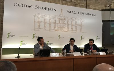 """Gran acogida a la presentación del manual """"La olivicultura internacional"""" en la Diputación Provincial de Jaén"""