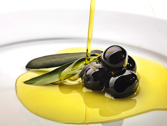 EVOO CONSUMPTION REDUCES MORTALITY RATE BY 30%